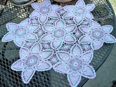 Vintage Pink White Cotton Star Pineapple Crocheted Doily Handmade